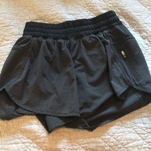 Lululemon Tracker shorts black